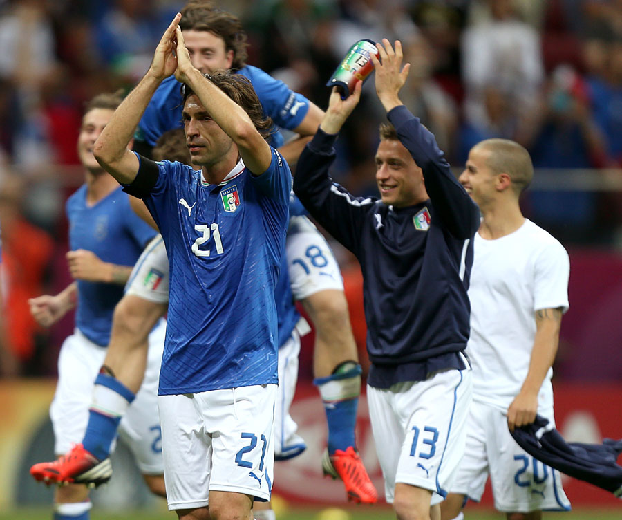 Italy's Andrea Pirlo and his team-mates applaud the fans after the final whistle