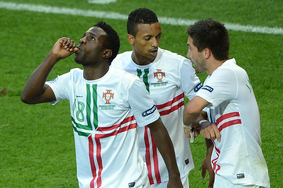 Portuguese forward Silvestre Varela celebrates his winner