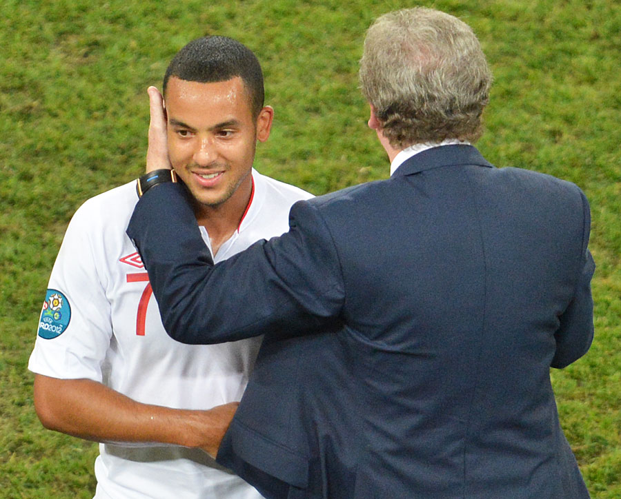 Roy Hodgson embraces Theo Walcott after England beat Ukraine